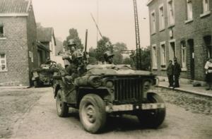 242.  La planck libérée deux jeeps s2019.jpg